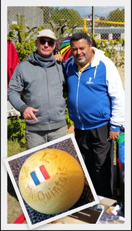 Meister unter sich - Ralf Hedel, der amtierende Braunschweiger Stadtmeister, traf beim Schwalbeturnier auf die Pétanqueikone und vielfachen Weltmeister Philippe Quintais.