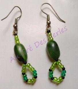 Boucles d'oreilles : Rocailles et perles en verre