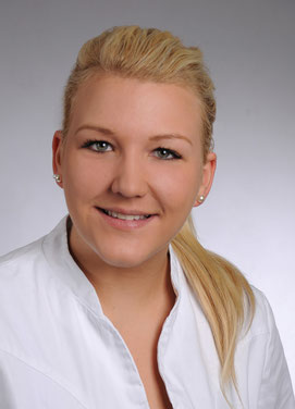 Lisa-Marie Niemann, Zahnmedizinische Prophylaxeassistentin, Assistenz bei der Behandlung, Prophylaxe, Zahnarztpraxis Dr. Karl-Heinz Huthmacher, Dr. Sabine Püttmann-Isfort, Marl