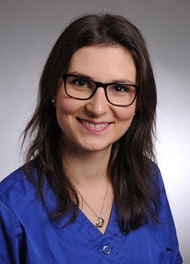 Nina Karge, Zahnmedizinische Prophylaxe-Assistentin. Zahnarztpraxis Dr. Karl-Heinz Huthmacher, Dr. Sabine Püttmann-Isfort, Marl