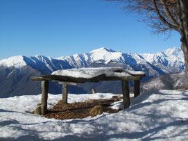 Il tavolo in vetta al Todum