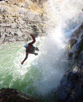 Canyoning waterfall rapelling Dominical