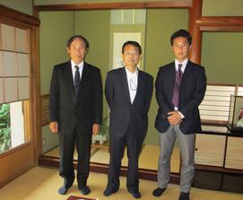 特月楼で江崎郁夫社長と雅章部長