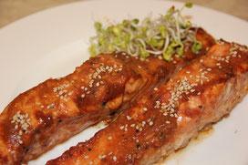 Salmón al horno con marinada de soja