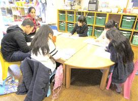 神戸六甲こどものための英会話教室  Roly-Poly English Club  ローリー・ポーリー・イングリッシュ・クラブの授業の様子