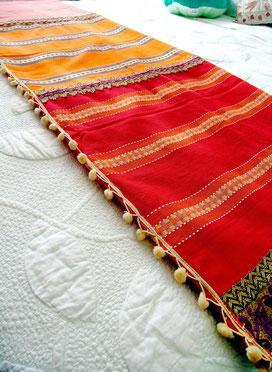 Tri-piece, tri-coloured, 100%, medium-weight, flat-weave, Indian cotton throw, joined by natural braided-jute & burgundy, velvet-sequence centre ribbon, with bronze/gold, maroon, metallic-thread/cotton jari border; cream & wool trim