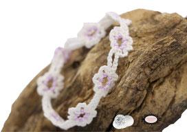 Bracelet au crochet collection Adronie, coton Oeko-Tex blanc et rocailles rose foncé