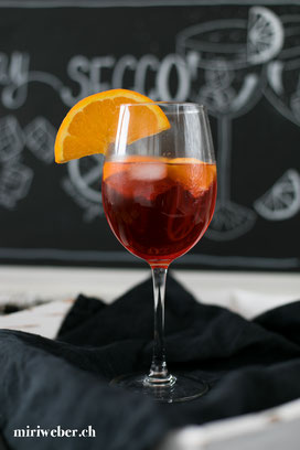 Rezept, Secco by Rimuss, Rimuss, Rimuss Secco, alkoholfreier Drink, alkoholfreie Bowle, alkoholfreier Sommer Drink, Geburtstag, Drink, Getränk, alkoholfreies Getränk, Recipe, without alcohol, Kinder, Drink, Food Foto, Getränke Foto, Foodblog Schweiz
