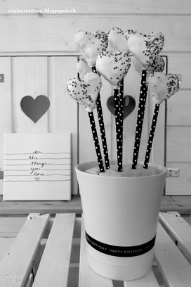 cakepops herzen, juniqe, do the things you love, cakepops selber machen, backblog schweiz,