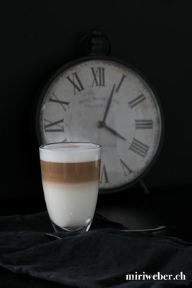 latte macciato, foodblog schweiz, schweizer foodblog, foodstyling schweiz, foodfotografie schweiz, foodblog schweiz, schweizer foodblog