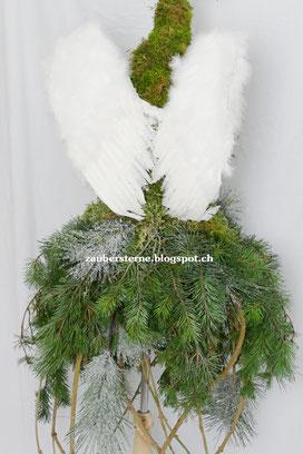 Waldengel, Weihnachtsfloristik, Kreativblog Schweiz , Engel selber machen, Waldengel
