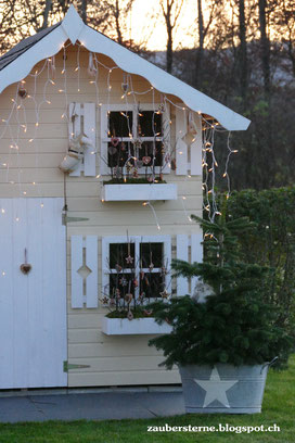 DIY Blog Schweiz, Kreativblog Schweiz, Familienblog Schweiz, Spielhaus, Kinderspielhaus, Adventsdekoration, Weihnachtsdekoration, Knusperhaus