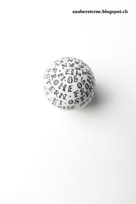 Lettering auf Ei, Ei beschriften, Ei anmalen, Ei mit Buchstaben, Kreativblog Schweiz
