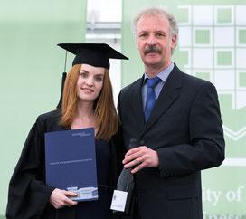 Melanie Heck und Prof. Dr. Fleischmann