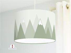 Lampe für Kinderzimmer mit Bergen in Salbei Grün aus Baumwolle