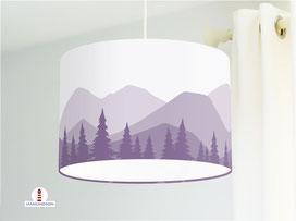 Lampe Kinderzimmer Berge Wald in Altlila aus Baumwollstoff - alle Farben möglich