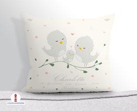Personalisiertes Kissen als Geschenk zur Geburt aus Baumwollstoff zum Kuscheln - alle Farben möglich