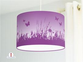 Lampe für Kinderzimmer mit Blumenwiese in Flieder aus Baumwolle - alle Farben möglich