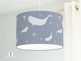 Lampe fürs Kinderzimmer mit Walen in Graublau - alle Farben möglich