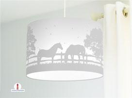 Lampe Pferde Kinderzimmer Mädchen in Grau aus Bio-Baumwollstoff - alle Farben möglich