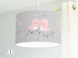 Lampe für Kinderzimmer mit kleinen Vögeln in Altrosa auf Grau aus Bio-Baumwolle - alle Farben möglich