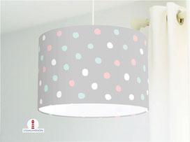 Lampe für Babyzimmer mit Punkten in rosa, türkis und weiß auf Hellgrau aus Bio-Baumwollstoff - alle Farben möglich