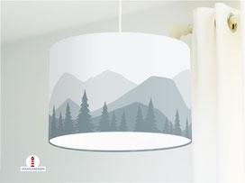 Lampe Kinderzimmer Berge Wald in Grau-Blau aus Bio-Baumwollstoff - alle Farben möglich