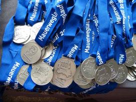 Finishermedaille für Staffelläufer