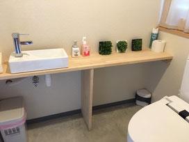 カフェ用トイレ横