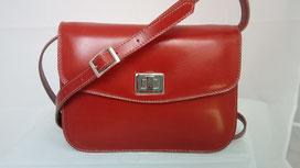 sac à main artisanal, besace en cuir fabrication française, sac made in France, sac fait main