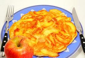 ...gibt´s leckeren Apfel-Pfannkuchen