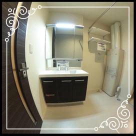 洗面台↓360°画像によるバーチャル内覧はこちら。↓ANIMATO102号室