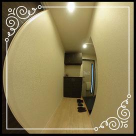 玄関③室内より↓360°画像によるバーチャル内覧はこちら。↓ANIMATO102号室