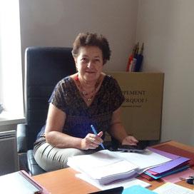 Marie-Véronique Buschel dans son bureau