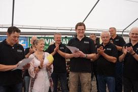 Unsere Sangesbrüder Andy und Markus wurden im Rahmen des Sommerfestes für 25 Jahre aktives Singen geehrt