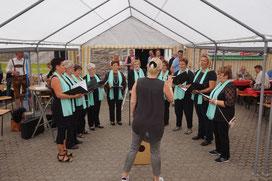 """Auch der Frauenchor """"Singgemeinschaft Heidberg"""" trug zum Gelingen des Sommerfestes bei"""