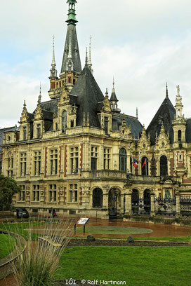 Bild: Hauptportal des Palais Bénédictine Fécamp - Benediktinerpalast in Fécamp