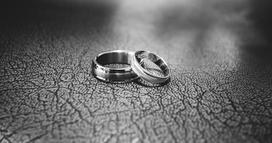 Trauung in Kirche, Standesamt oder freie Trauung? Hochzeitssängerin Christina Schlupf für Köln, Bonn, NRW