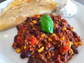Chili con Carne aus dem Dutch Oven