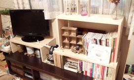 ゴム集成材の自作テレビ台と本棚