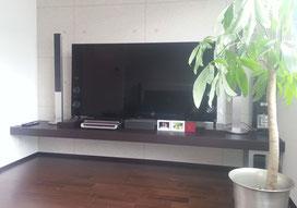 ゴム集成材の補助用テレビボード台