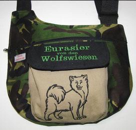 Hundetasche zum Gassi gehn in Tarn mit Eurasier / Wolfspitz
