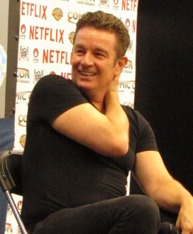 Getting an autograph of James Marsters at Comic Con Amsterdam
