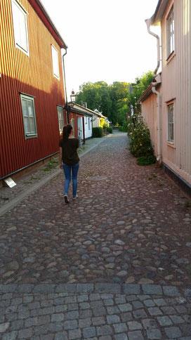 Lioba Dietz auf Streifzug in Vadstenas malerischen Gassen