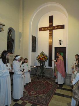 Segnung des Missionskreuzes