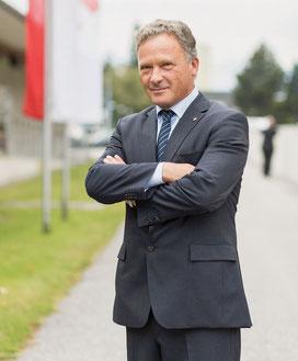 DR. RUPERT WOLFF Präsident des Österreichischen Rechtsanwaltskammertages (ÖRAK)