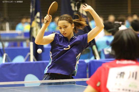 Rei Yamamto plays in a match at the spring Kanto Students Table Tennis League competition.