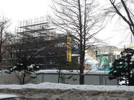 雪像作り開始(1月11日)の大通公園の様子