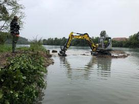 Renaturierung Sulzerbach und Schaffung von Kiesbänken für Kieslaicher August 2020. (Foto PC)