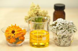 hochwertige ausgesuchte Öle mit verschiedenen Duftnoten und entspannungsfördernder, regenerierender Wirkung
